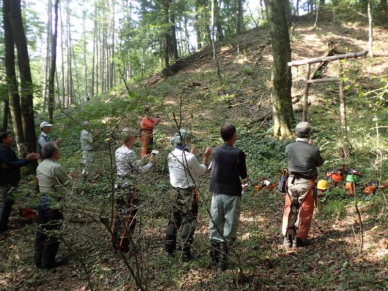 今、森林整備事業部は 8月