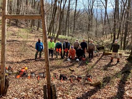 今、森林整備事業部は 4月